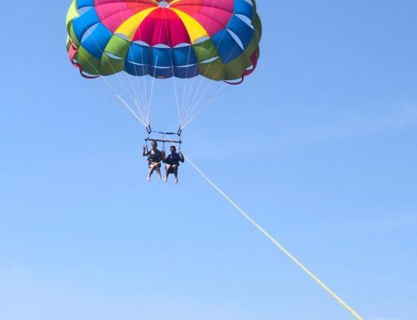 1.parasailing