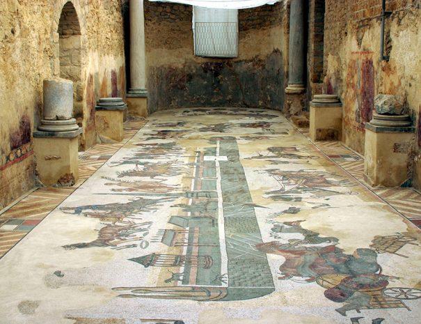 Dettaglio Villa del Casale con pavimento in mosaico